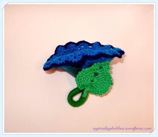 Crochet Felt Napkin Ring Flower (c)mytrailinghobbies.wordpress.com