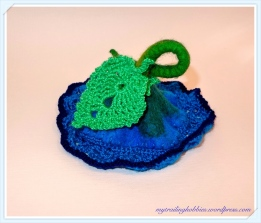 Crochet Felt Napkin Ring Flower (c)mytrailinghobbies.wordpress.com