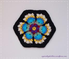 Frida's Flower - Frida's Flowers CAL Block 3 (c)mytrailinghobbies.wordpress.com