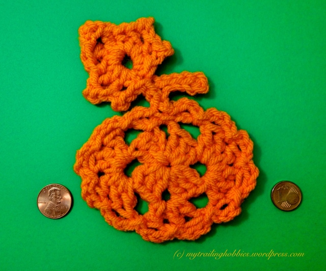 halloween crochet pumpkin motif (c)mytrailinghobbies.wordpress.com