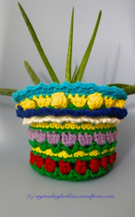 crochet flower pot sweater - crochet plant sweater (c)mytrailinghobbies.wordpress.com