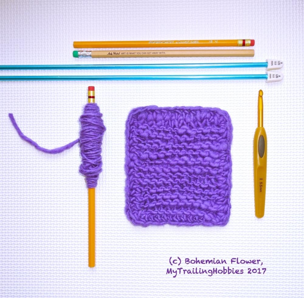 spinning yarn on a pencil - (c)bohemian flower, mytrailinghobbies